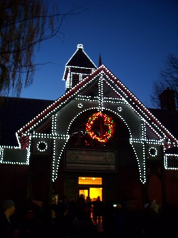 Dana Discovery Center at Holiday Lighting